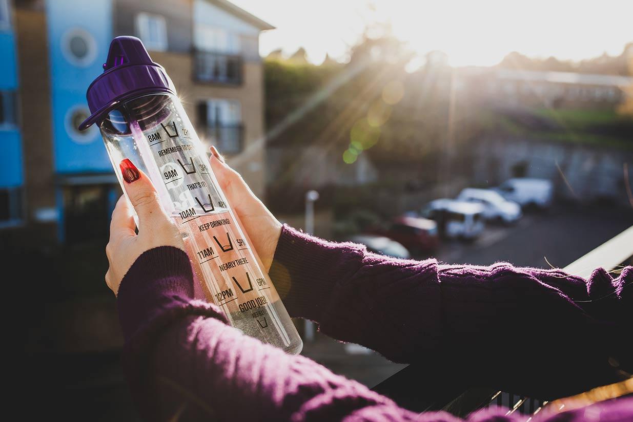 water tracker bottles slide6
